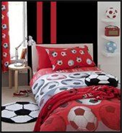 soccer bedrooms for girls ashley s ideas on pinterest soccer softball and soccer room
