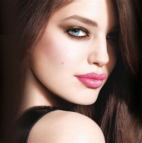 women with the most beautiful lips in the world 181 best b e a u t y images on pinterest dark hair hair