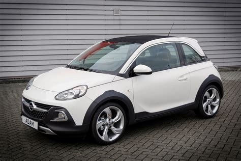 opel adam rocks test opel adam 2015 autokopen nl