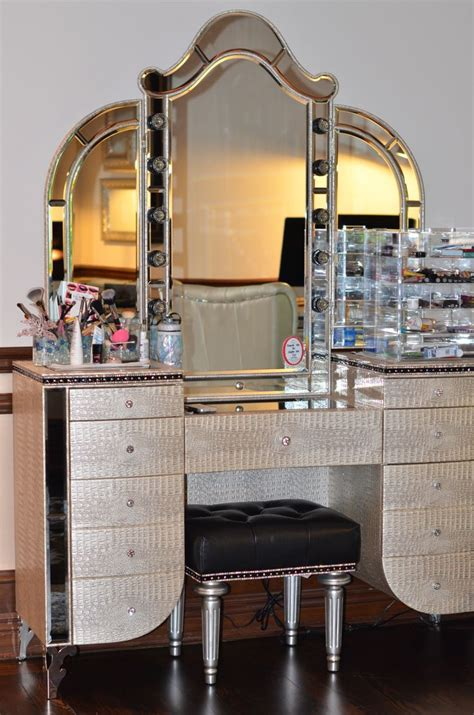 makeup mirror with lights and desk furniture magnificent makeup desk with lights decor