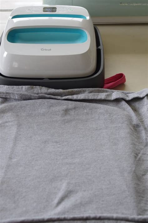 cricut printable iron on which side how to use cricut printable iron on create and babble