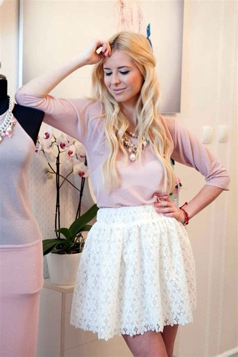 outfit ideas  lace  tulle  romantic