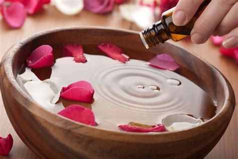 Aroma Therapy aromatherapy classes schools and courses