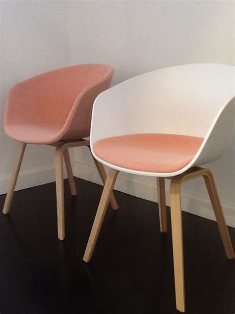 hay stuhl aac23 wooden legs upholstered and aac 22 with fixed sit