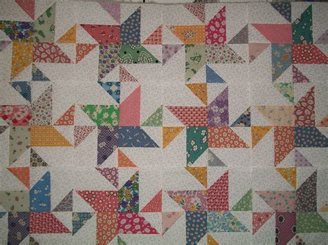 1930s Quilt Patterns by Set Of 12 Spinning Quilt Blocks In 1930s Reproduction