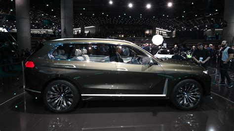 Room Devider by Bmw Concept X7 Iperformance Debuts In Frankfurt