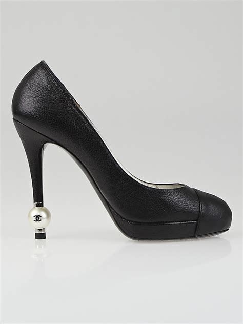 chanel black leather with faux pearl pumps size 7 37 5