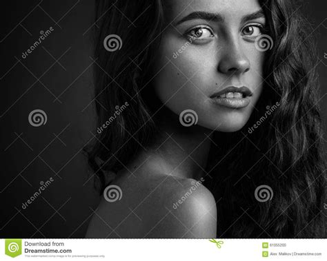 themes of black woman dramatic portrait of a girl theme black and white