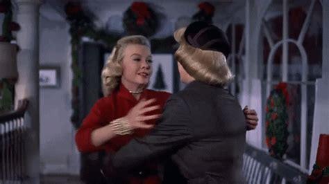 christmas hugs gifs find share  giphy