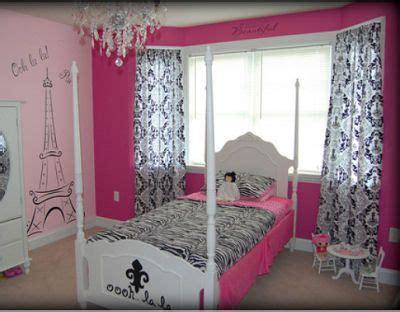 hot pink black  white diva girl paris fashion theme