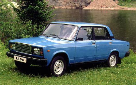 lada dealer canada lada 2107 picture gallery photo 1 30 the car guide