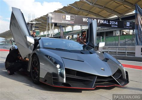 How Many Lamborghini Venenos Are There Lamborghini Veneno Makes An Appearance At Sepang