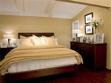bedroom selecting suitable small bedroom paint ideas