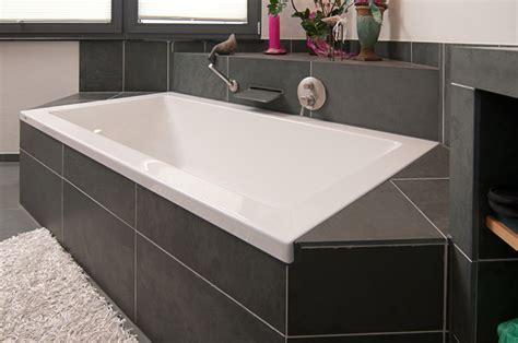 badewanne mit ablage badewannen design ablage home design ideen
