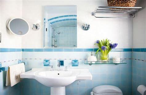 decoracion de banos color celeste  estilo elegante