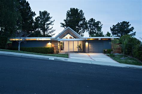 eichler style homes fascinating eichler home remodel in burlingame california