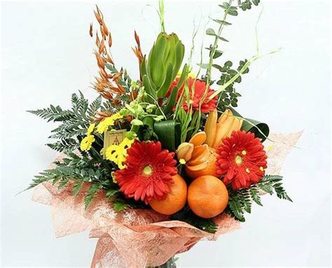 fall flower arrangements for tables 22 colorful fall flower arrangements and autumn table