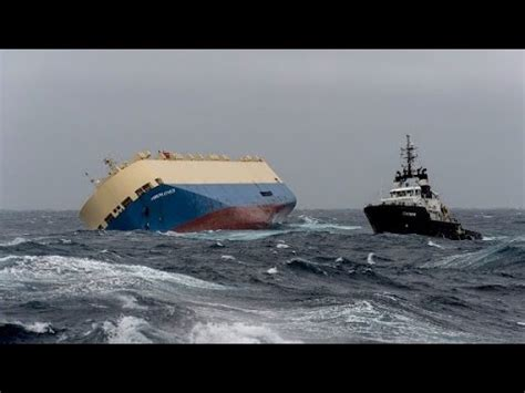 youtube ship sinking navy tries to save sinking ship youtube