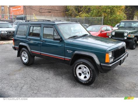 green jeep cherokee lifted lifted quot bright jade quot cherokees jeep cherokee forum