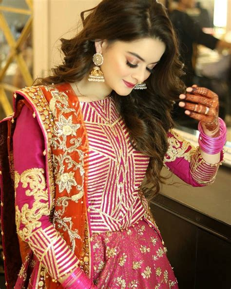 beautiful minal khan at the aiman muneeb mehndi last night