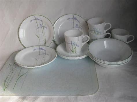 corelle iris pattern corning glass corelle shadow iris pattern dishes for 4 w