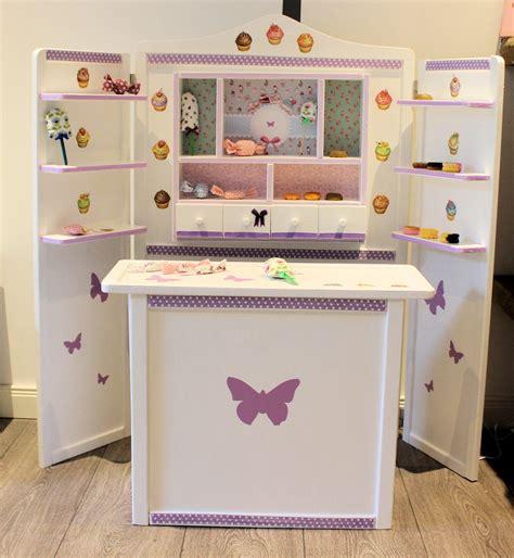 kaufladen selbst gestalten kaufladen wei 223 lila cupcakes domis pusteblume