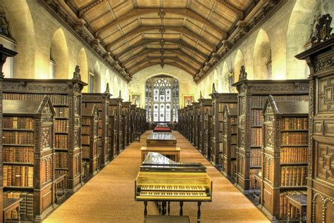 library interior file st john s college old library interior jpg wikipedia