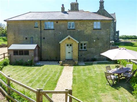 the coach house chale isle of wight self catering