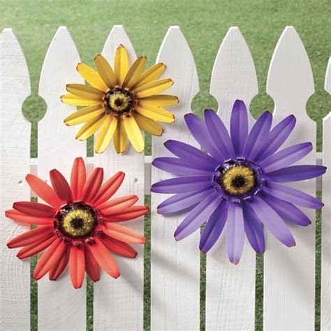 Metal Garden Flowers Outdoor Decor Outdoor Metal Flowers Garden Patio Fence Decor Wall Hangers 3 Set Yard Ebay