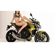Girl And Moto HD 1920x1080