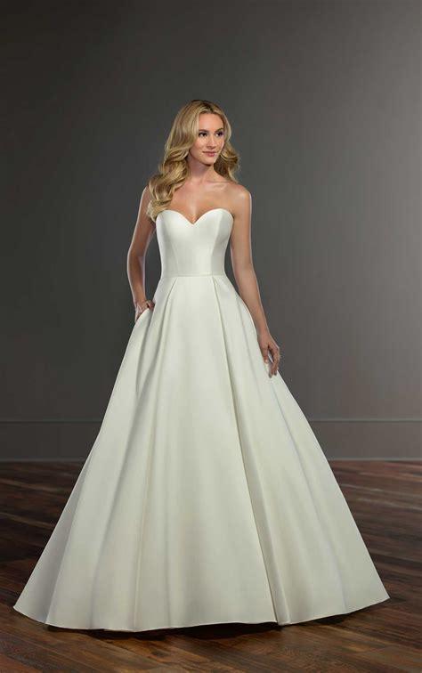 simple  sophisticated ballgown wedding dress martina