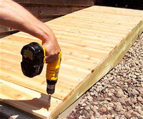 building  deck access ramp  homes gardens