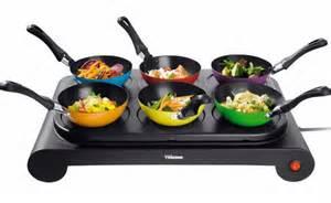 tisch wok set gruppen kochen 6 personen mini wok set