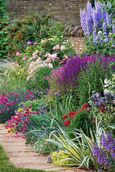 How To Start A Flower Garden In Your Backyard by Triyae Start Backyard Flower Garden Various Design