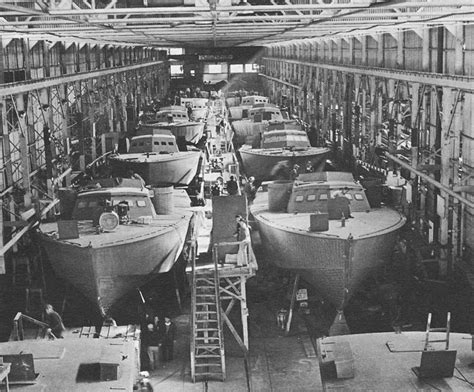 boat radio new orleans hyperwar at close quarters pt boats in the u s navy