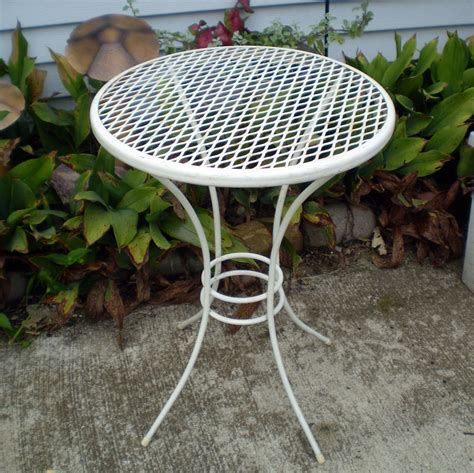Patio Plant Stand by Vintage Metal Patio Table Plant Stand 18 White