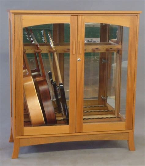 Guitar Armoire by Best 25 Guitar Cabinet Ideas On Guitar