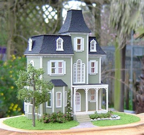 beacon hill doll house greenleaf dollhouse kit the beacon hill unfinished in original box ebay
