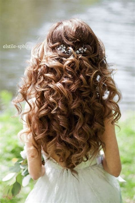 hairstyles curly half up 22 bride s favorite wedding hair styles for long hair