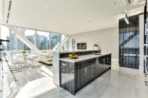 elegant toronto waterfront luxury penthouse  floor