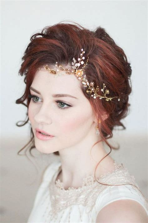 Wedding Headpiece White And Gold 32 beautiful and refined bridal hair vine ideas weddingomania