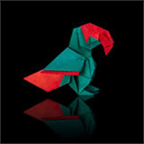 Origami Macaw Parrot - origami parrot stock image image 31697541