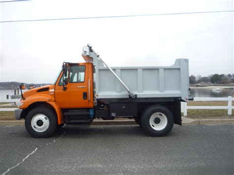 used trucks used 2011 international 4300 dump truck for sale in in new