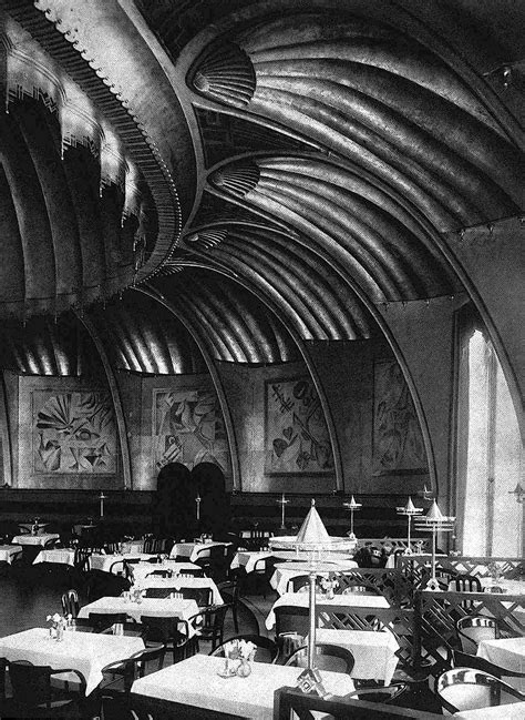 Lets go to MOOT POINT: 1920s Berlin Cafes & Nightclubs