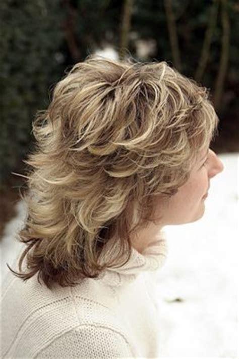 medium haircut feathered backwards best 25 medium shag haircuts ideas on pinterest long