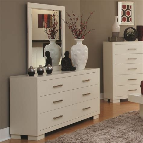 Jessica Collection Bedroom Set | jessica collection 202990 white platform bedroom set
