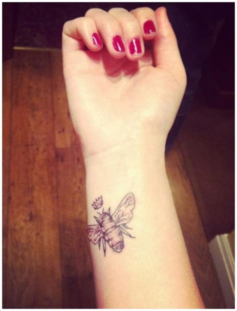 queen tattoo meaning 28 cute queen bee tattoo designs for women and men