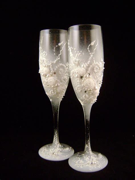 Wedding Glasses 15 decorated wedding chagne glasses classic toasting fl