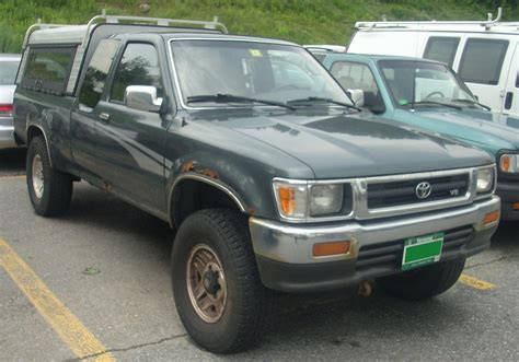 Toyota 94 Up File 93 94 Toyota Extended Cab V6 Jpg Wikimedia