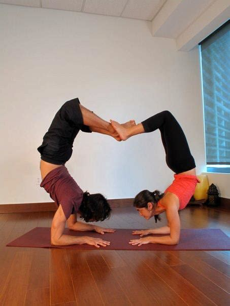 Imagenes Yoga En Parejas | 1000 images about inspiracion para aeroyoga on pinterest